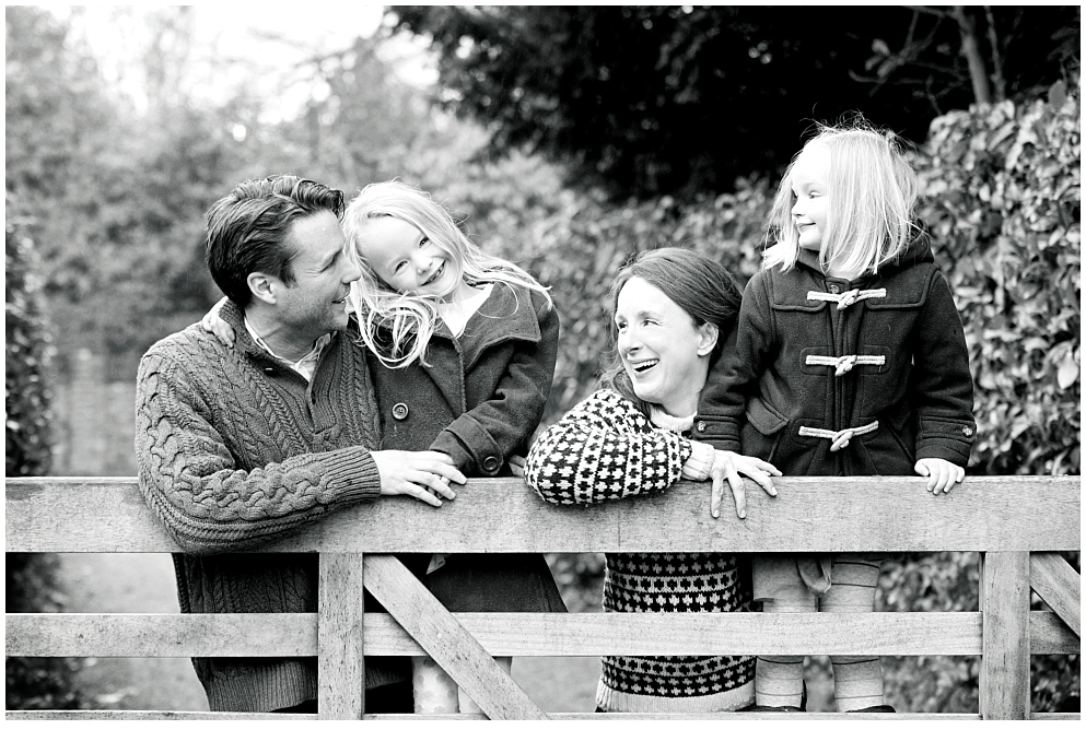 Black and white family photography session Walyon ont he Hill, Surrey